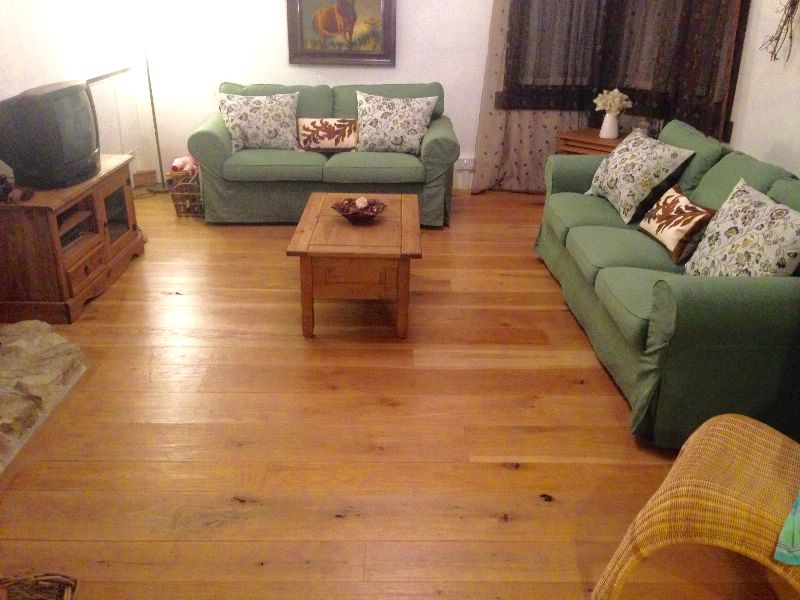 Lounge with solid oak flooring