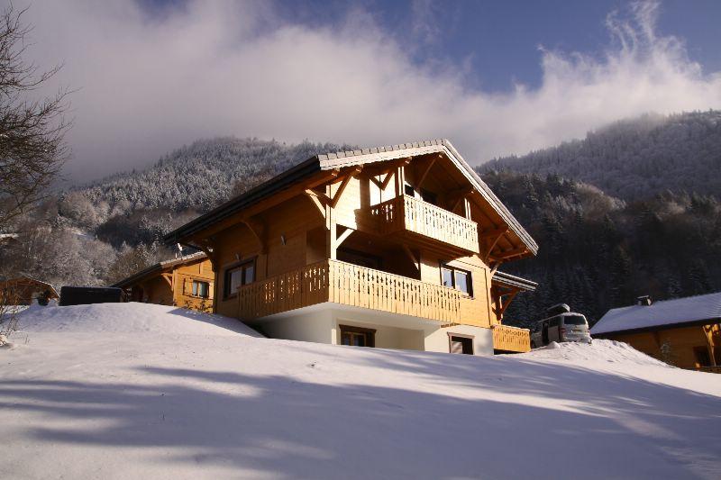 chalet aslan morzine ski chalet for self catered skiing holidays snowboard and summer