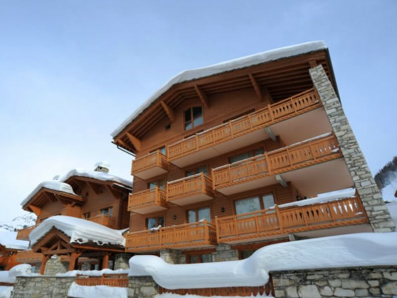 chalet danielle val d is 232 re ski chalet for catered chalet skiing snowboarding and summer