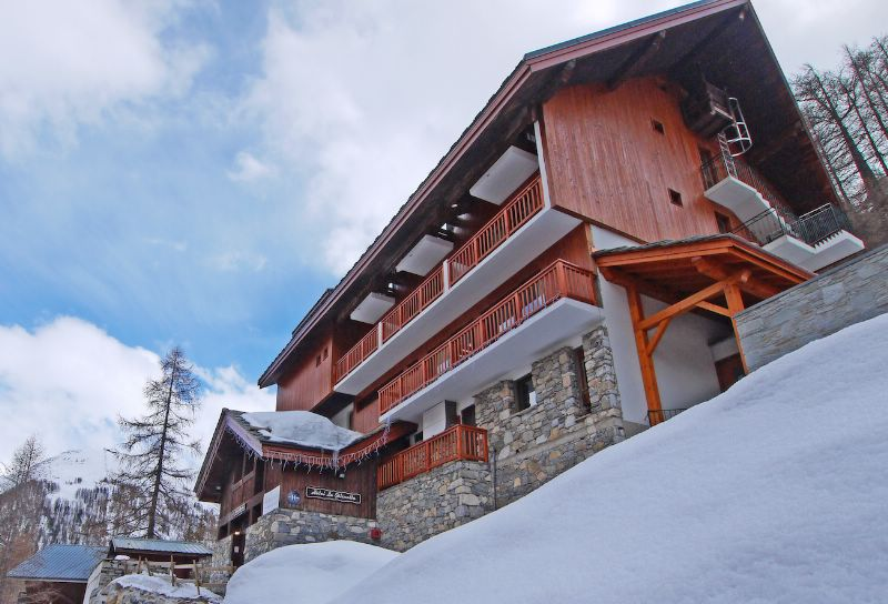 Chalet hotel gelinotte val d 39 is re ski chalet for half for Hotels val d isere