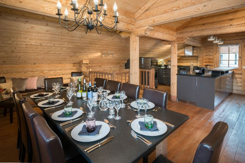 chalet ecritoire la tania ski chalet for catered chalet ski holidays snowboarding and summer