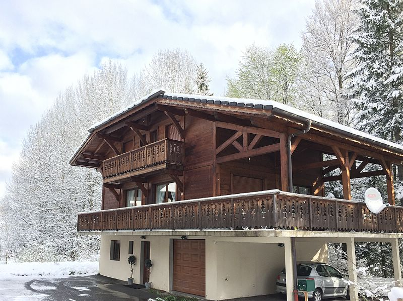 chalet bon bon morzine ski chalet for catered chalet skiing snowboarding and summer holidays