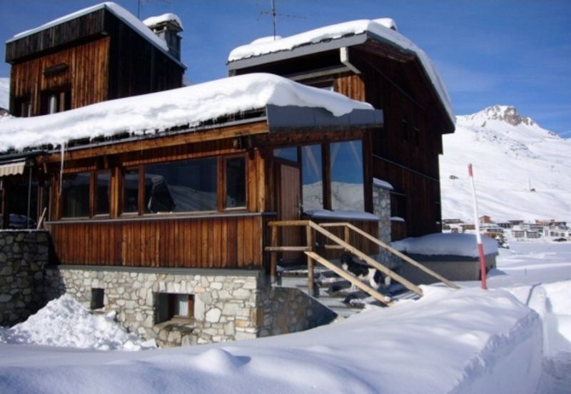 chalet chartreux tignes ski chalet for self catered or catered ski holidays snowboarding and
